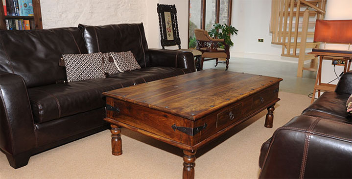 sitting room table